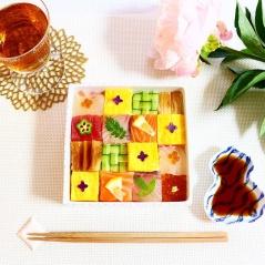 mosaic-sushi-12-57bfe93328795__700
