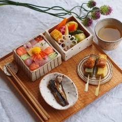 mosaic-sushi-13-57bfe9390e23f__700
