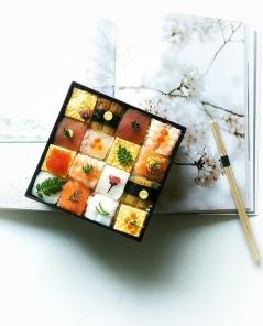 mosaic-sushi-3-57bfe91a212ab__700