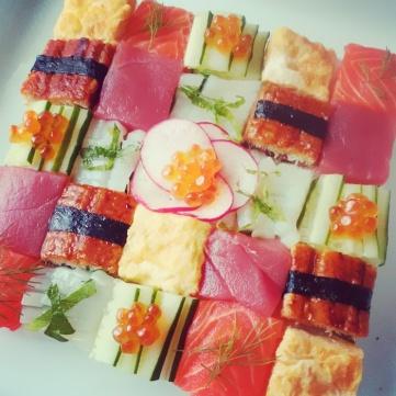 mosaic-sushi-57bfecb61d187__700
