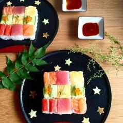 mosaic-sushi-9-57bfe92a1ff5e__700