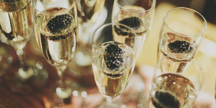landscape-1447089454-champagne-prevents-alzheimers