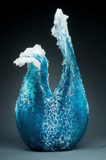 ocean-wave-vases-glass-sculptures-kelas-paul-desomma-marsha-blake-5