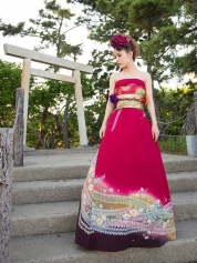 furisode-kimono-wedding-dress-japan-26-585a3925bd25b__605