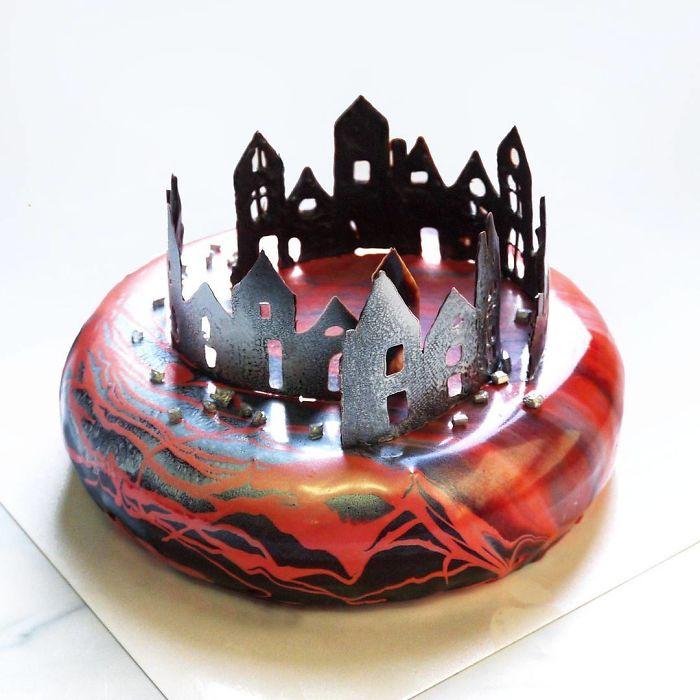 i-draw-and-create-my-own-chocolate-world-on-the-mirror-glaze-589993284b77f__700