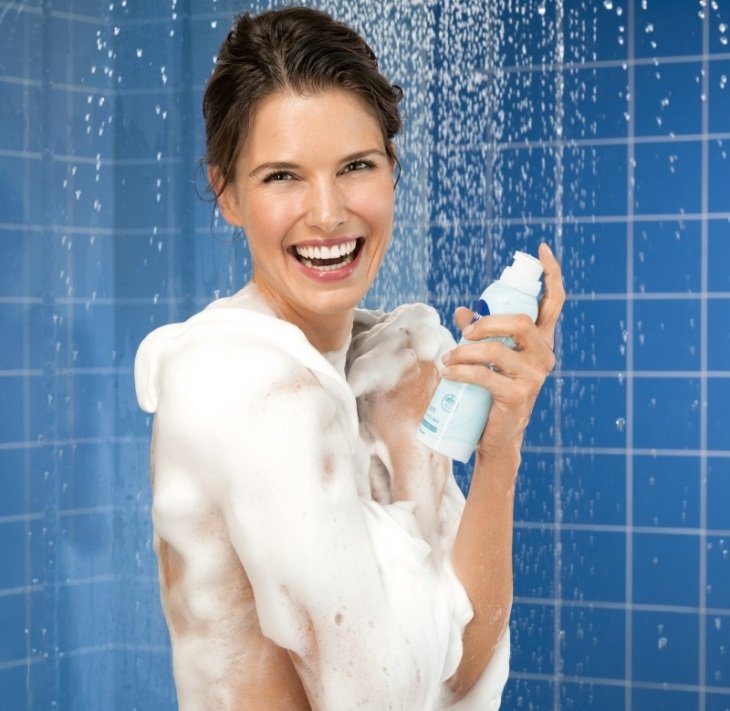 nivea-shower-mousse-visual-2