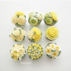 spring-colourful-buttercream-flower-cakes-23-58d8b5c8438b2__700
