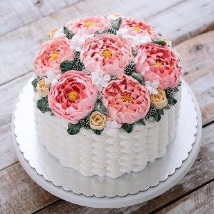 spring-colourful-buttercream-flower-cakes-30-58d8b5d93220a__700