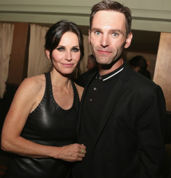 courteney-cox-johnny-mcdaid-wedding-back-on