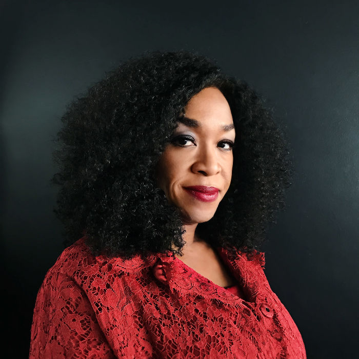 shonda-rhimes_luisa-dorr-time-firsts-20171-59f3038a03d35__700