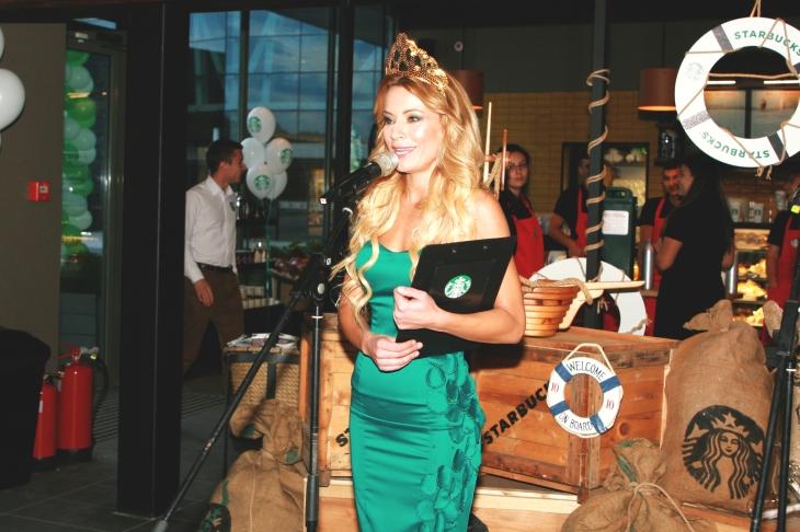 Sirenata na Starbucks_2