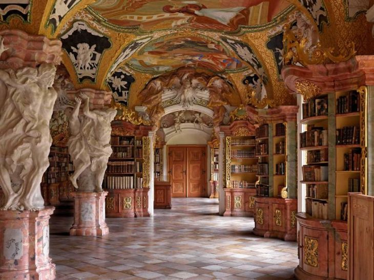 beautiful-libraries-taschen-4-0-5bab1774cb852-5bab526e976b9__880