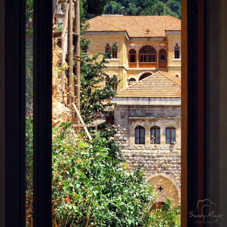 Lebanon-copy-5935764d96aff__880